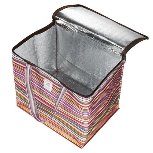 内側はアルミ蒸着仕様で保冷効果あり