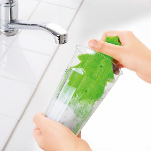 コップの底までしっかり洗える!