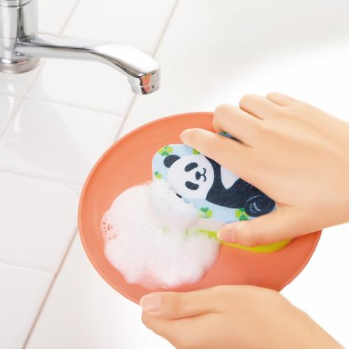 楽しくお皿洗い♪