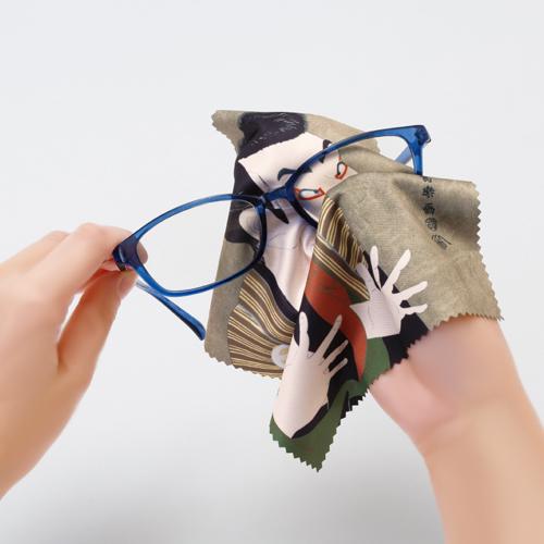 メガネの皮脂汚れ除去に!