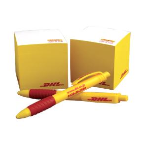 メモブロックとボールペン